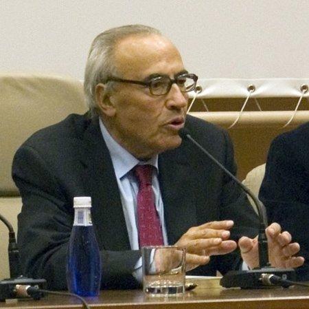 15-M / Peces-Barba propondrá un sistema electoral más justo que el de Rubalcaba