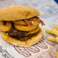 ¿Te sientes torpe? Quizá abusas de las grasas y los azúcares