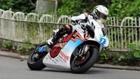 La vuelta ganadora de John McGuinness en el TT Zero 2014