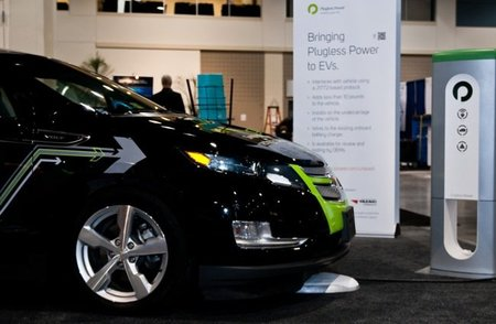 Plugless Power: recarga inalámbrica a prueba en el Chevrolet Volt