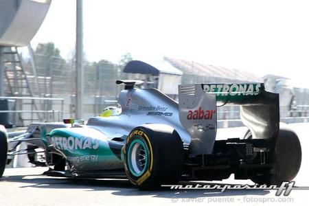 El alerón trasero de Mercedes pasa la prueba del algodón de la FIA