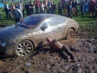Dolorpasión™: hacer esto a un Bentley es inmoral