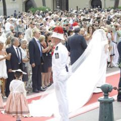 Foto 19 de 19 de la galería todas-las-imagenes-del-vestido-de-novia-de-charlene-wittstock-en-su-boda-con-alberto-de-monaco en Trendencias