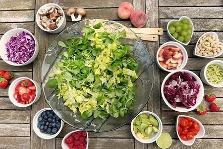 La simple presencia de un vegetariano puede cohibir a una persona omnívora