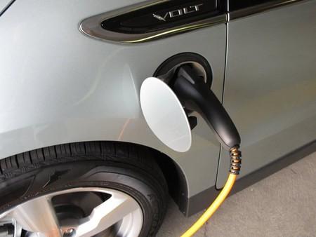 Otra imagen del huracán Sandy: los coches que no necesitaban un bidón de gasolina