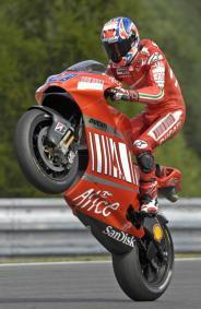 Ducati y Bridgestone, idóneos para el estilo de Stoner