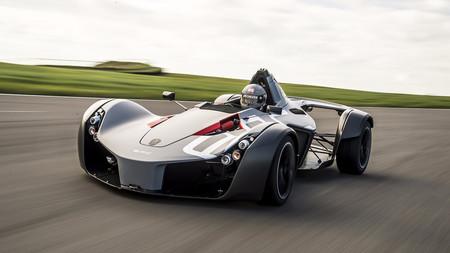 """El BAC Mono es más rápido que un McLaren P1 GTR, o """"la potencia no es todo"""""""