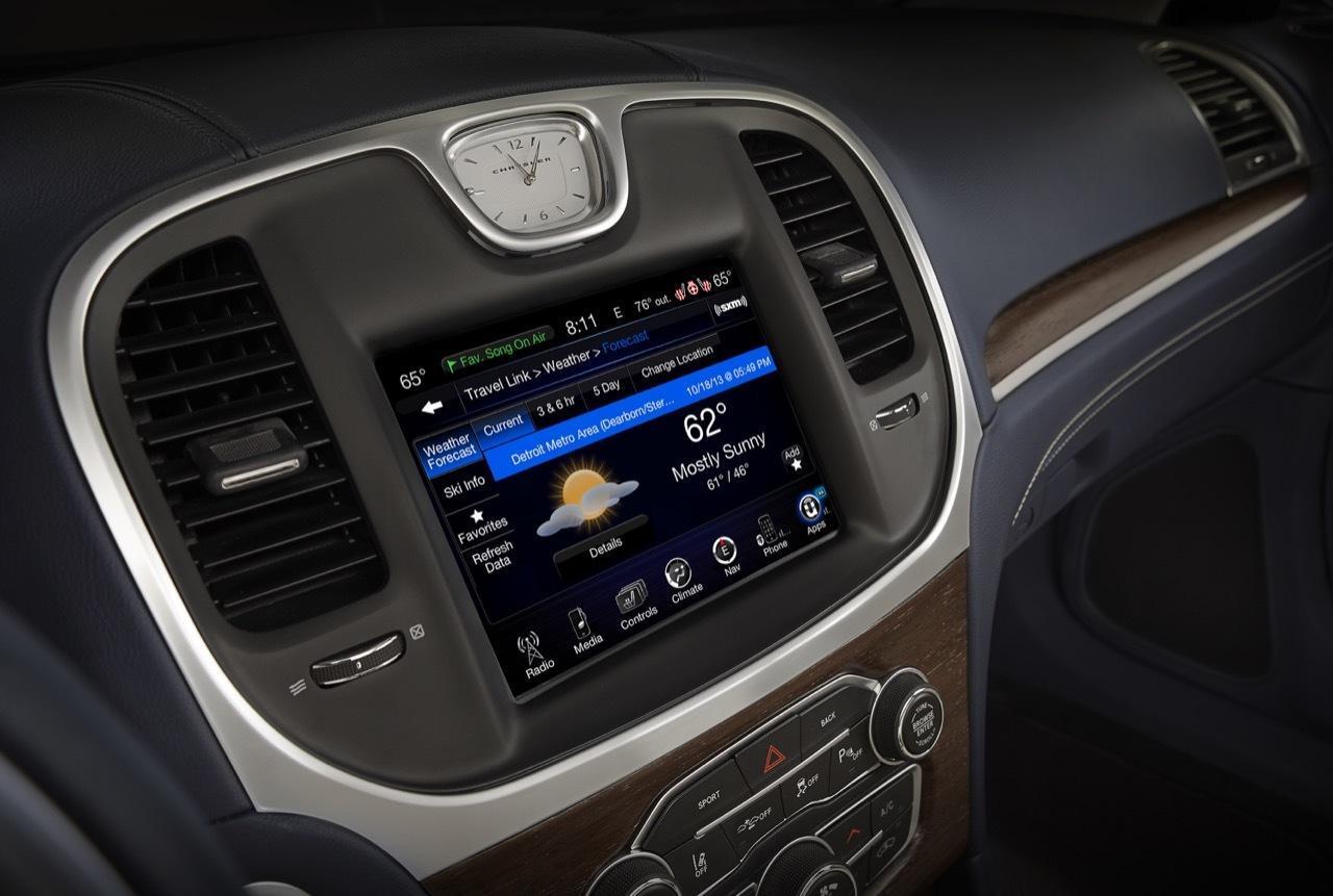 Foto de Chrysler 300 2015 (19/35)