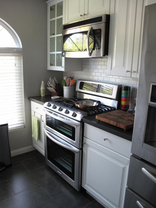 Foto de una cocina de 7 metros cuadrados 4 4 for Cocina 13 metros cuadrados