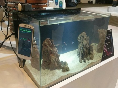 Samsung upcycling galaxy s3 monitor acuario