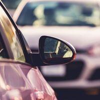 Las ventas de coches se desploman un 39% en febrero y siguen a la espera de nuevas ayudas a la compra