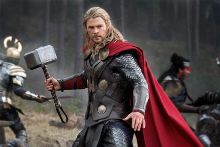 Thor C Hemsworth Dark World