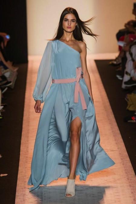 Blanca Padilla desfiles modelo