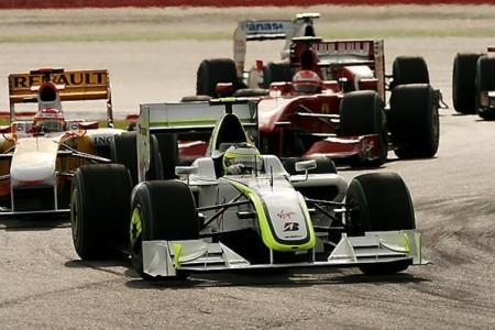 Fernando Alonso salida carrera Sepang.jpg