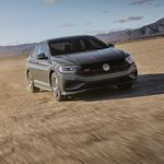 El Volkswagen Jetta GLI 2020 tiene el talento de GTI en formato sedán