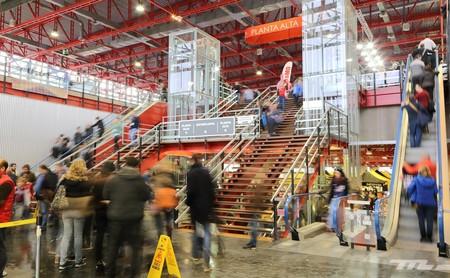 Ni la lluvia pudo con MotoMadrid: 40.000 visitantes pasaron por el salón comercial de la moto