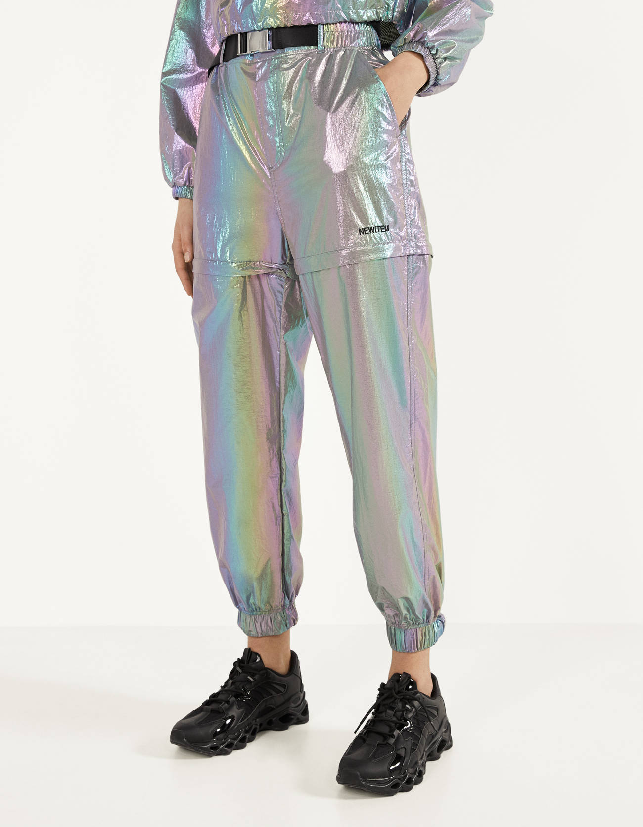 Pantalón jogger iridiscente