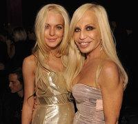 Lindsay Lohan y Donatella Versace: tu pasado, mi futuro