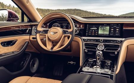 Bentley Rotating Display 3