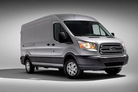 La nueva Ford Transit 2015 llegará a México en septiembre