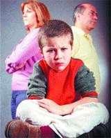 Los hijos de padres separados que pierden la relación con uno de ellos tienen riesgo de problemas sociales