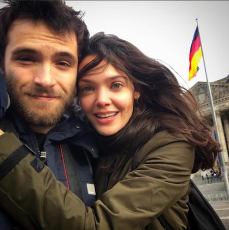 Ricardo Y Ana