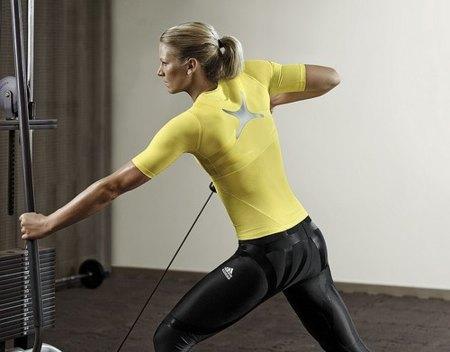Remo en polea, un buen ejercicio para ensanchar la espalda