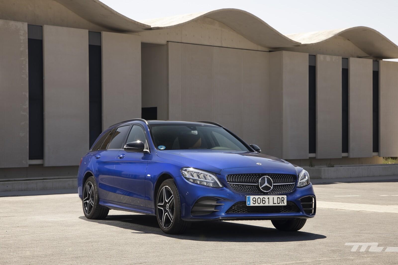 Foto de Mercedes-Benz C 300 de Estate 2020, prueba (17/46)