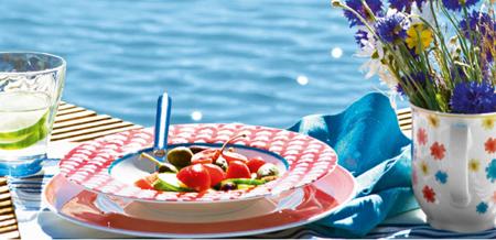 7 bonitas vajillas para vestir tus mesas de verano