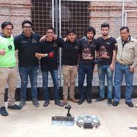 No una, no dos; estudiantes del IPN trajeron a México ocho medallas conseguidas en guerra de robots de Ecuador