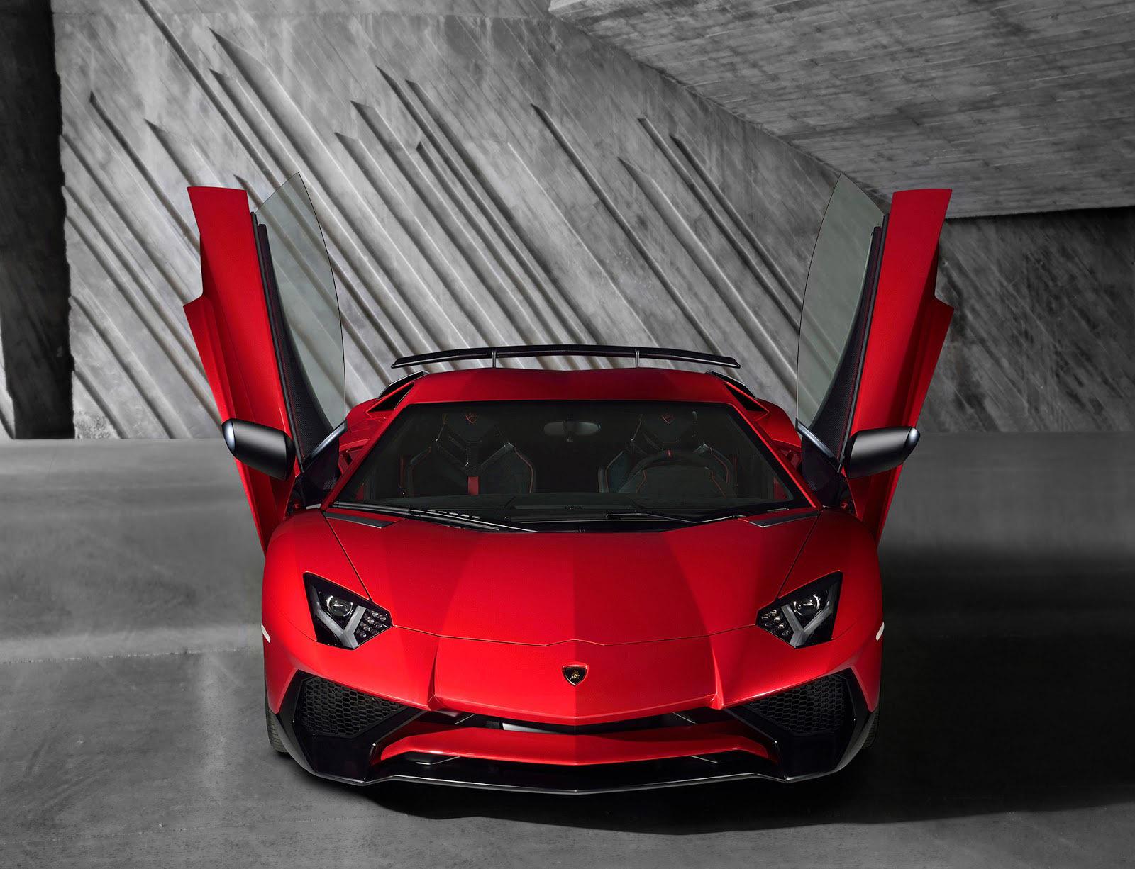 Foto de Lamborghini Aventador SV (13/21)