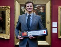 Colin Firth ya puede pastorear ovejas en el London Bridge