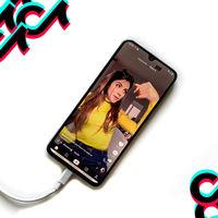 Los niños y adolescentes españoles ya pasan casi el mismo tiempo en TikTok que en YouTube, según un estudio a 60.000 familias