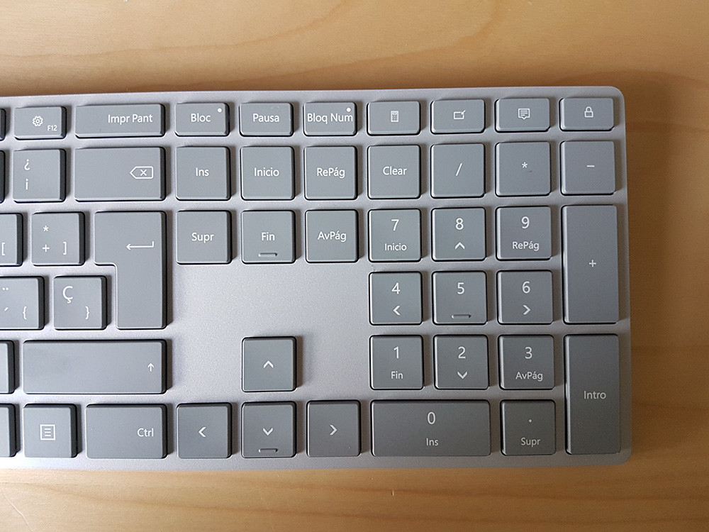 Surface Keyboard 4