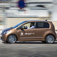 SEAT pone el ejemplo de car-sharing, inicia con el eMii en Barcelona
