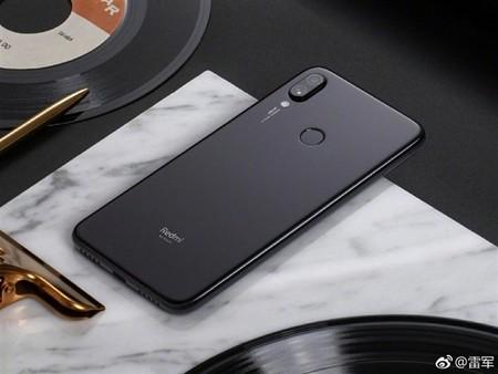 Aparecen las primeras imágenes oficiales del supuesto Xiaomi Redmi Note 7 con cámara de 48 megapíxeles