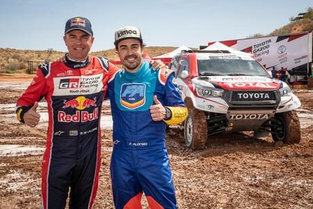 Toyota Alonso Dakar De Villiers