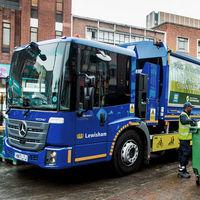Este es el Mercedes-Benz eEconic, un camión eléctrico que recogerá la basura sin emisiones y en silencio desde 2021