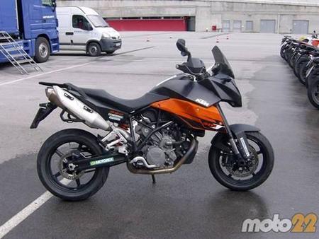 KTM 990 Super Moto T