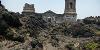 La iglesia que milagrosamente sobrevivió nueve años de erupción en México