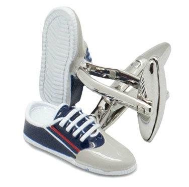 Gemelos de El Ganso con forma de zapatillas