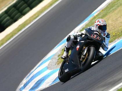 Xaus y Biaggi siguen poniendo a punto la Ducati 1098R