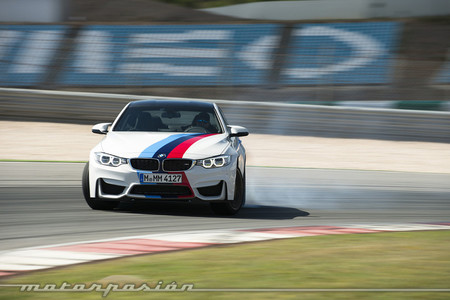 BMW M4 Coupé drifting
