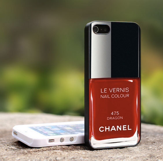 Funda Custom Art Chanel