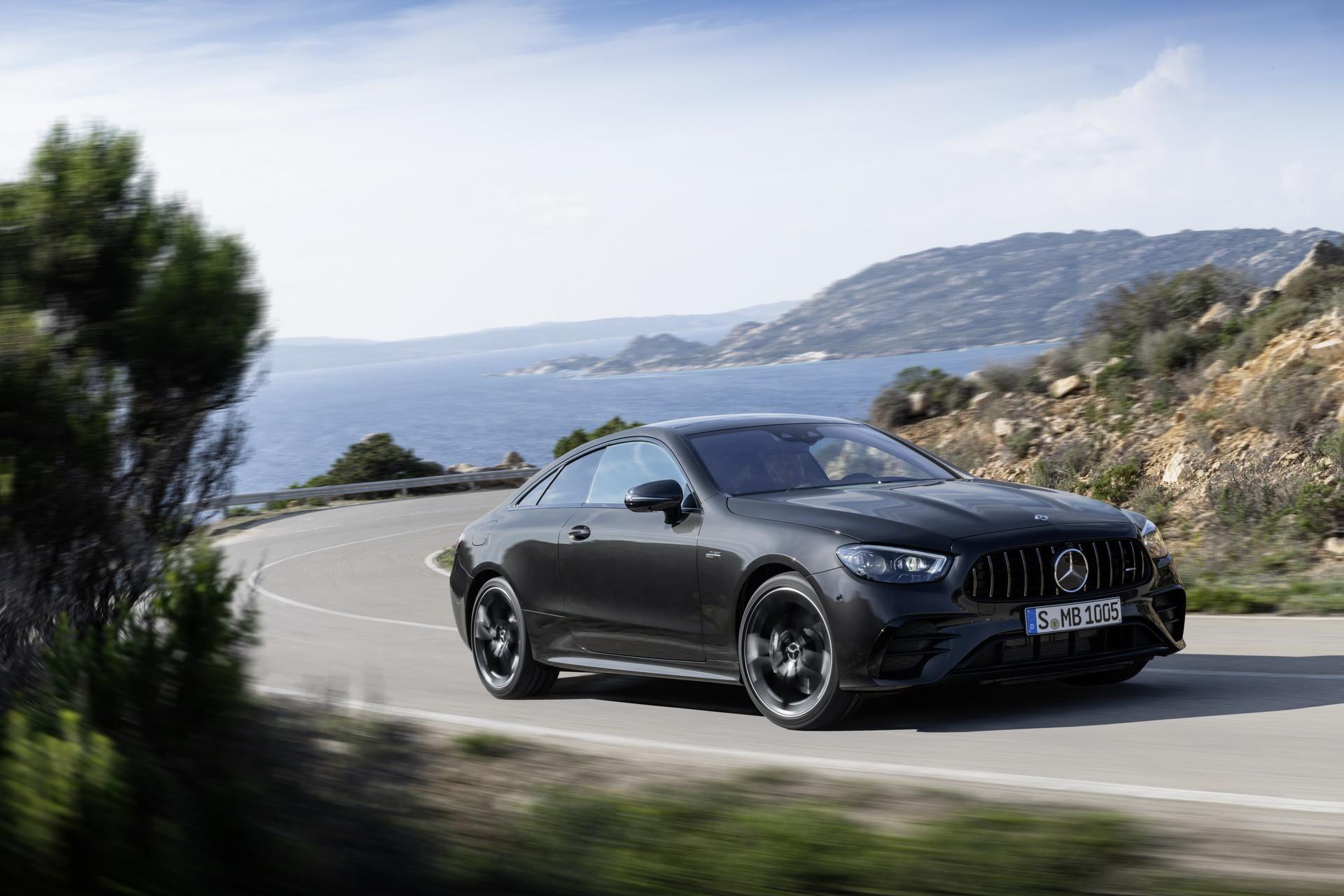Foto de Mercedes-AMG E 53 Coupé 2021 (6/35)