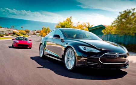 Los números de Tesla en el segundo trimestre: más baterías, más coches y más estaciones de carga