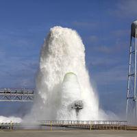 Más de 1.700.000 litros en 1 minuto: así es el sistema de la NASA para controlar la temperatura y la energía en un lanzamiento