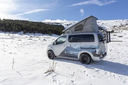 La Nissan e-NV200 Winter Camper es una furgoneta camper eléctrica para perderse en la montaña con cero emisiones