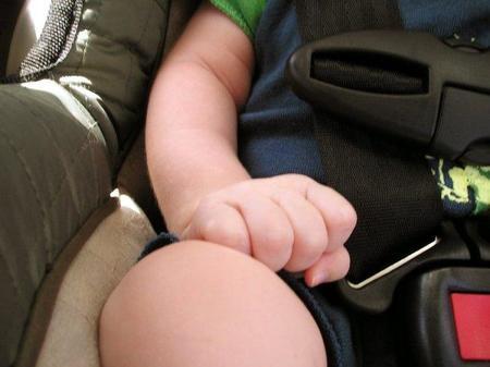 El 40% de los niños muertos en accidentes de tráfico no usa ningún sistema de retención infantil