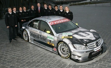 Mercedes presenta su equipo del DTM